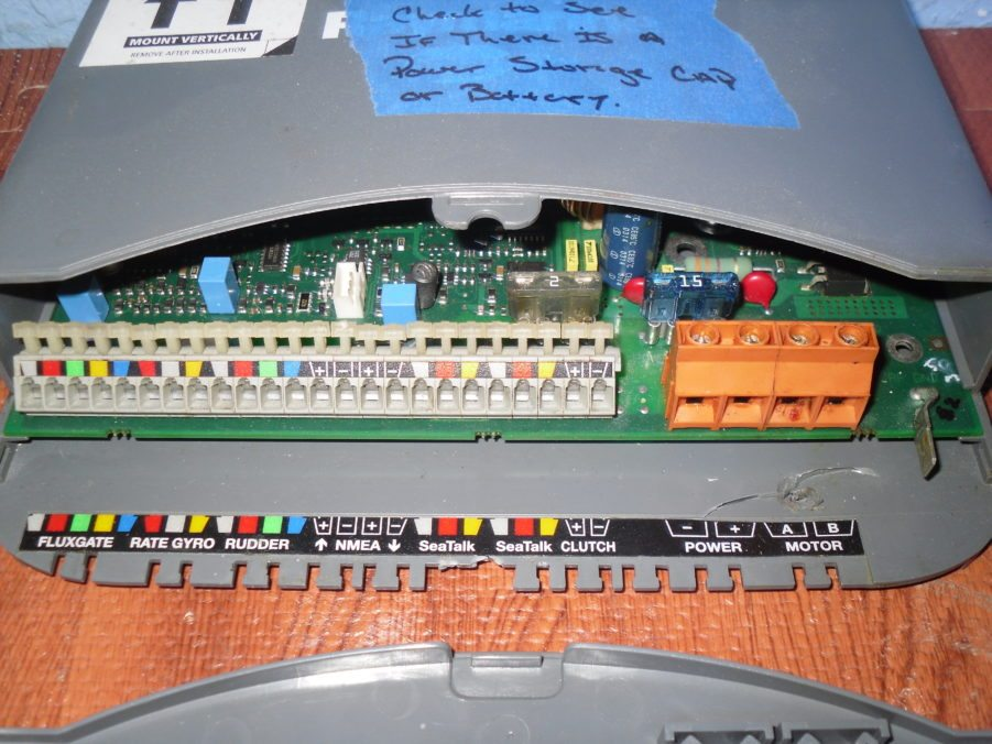 Marine Electronics Repair : Raymarine s e autopilot smartpilot computer for