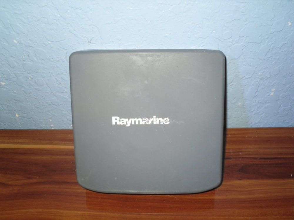 Raymarine Suncover for DS600x RC435 RC435i - Good Used Condition