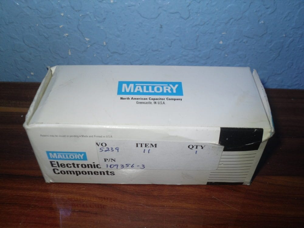 Mallory NEW OLD STOCK CGS203U050V4C Capacitor 20000 MFD 50 VDC v 85 Degree