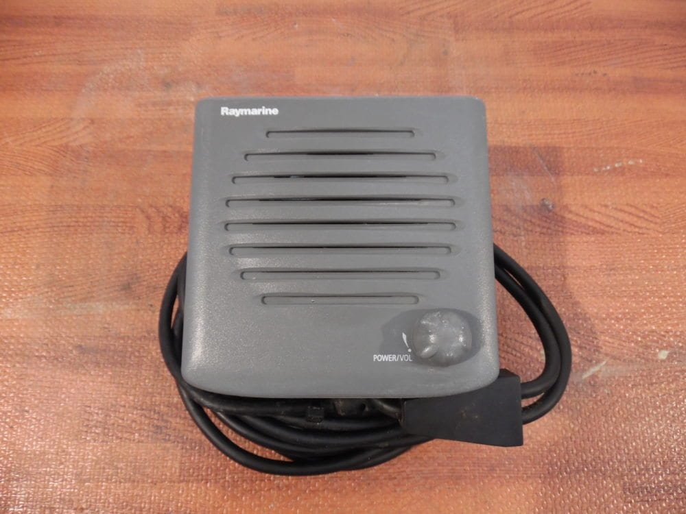 Raymarine Ray240e Active Vhf Speaker - E42001 - Good Cond W   Mounting Studs