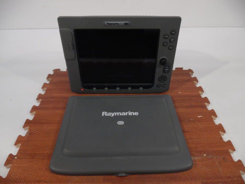 Raymarine E120  Classic Display Sun cover