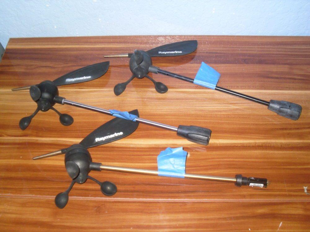 Raymarine Short Shorty Wind Masthead Transducer 3x R28170