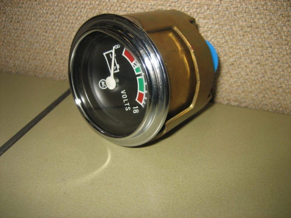 Gm 6474478 Battery Voltage Volt Meter Gauge W   Backlight
