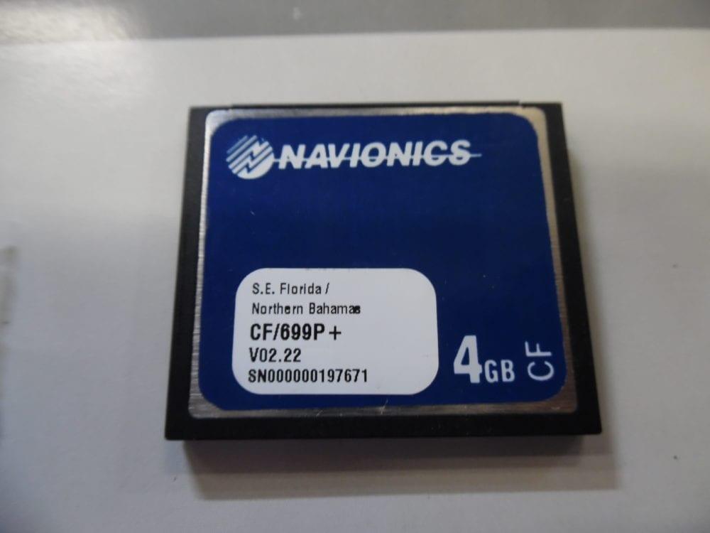 Navionics Platinum + Chart Card S E  Florida / Northern Bahamas - CF/699P+  4GB