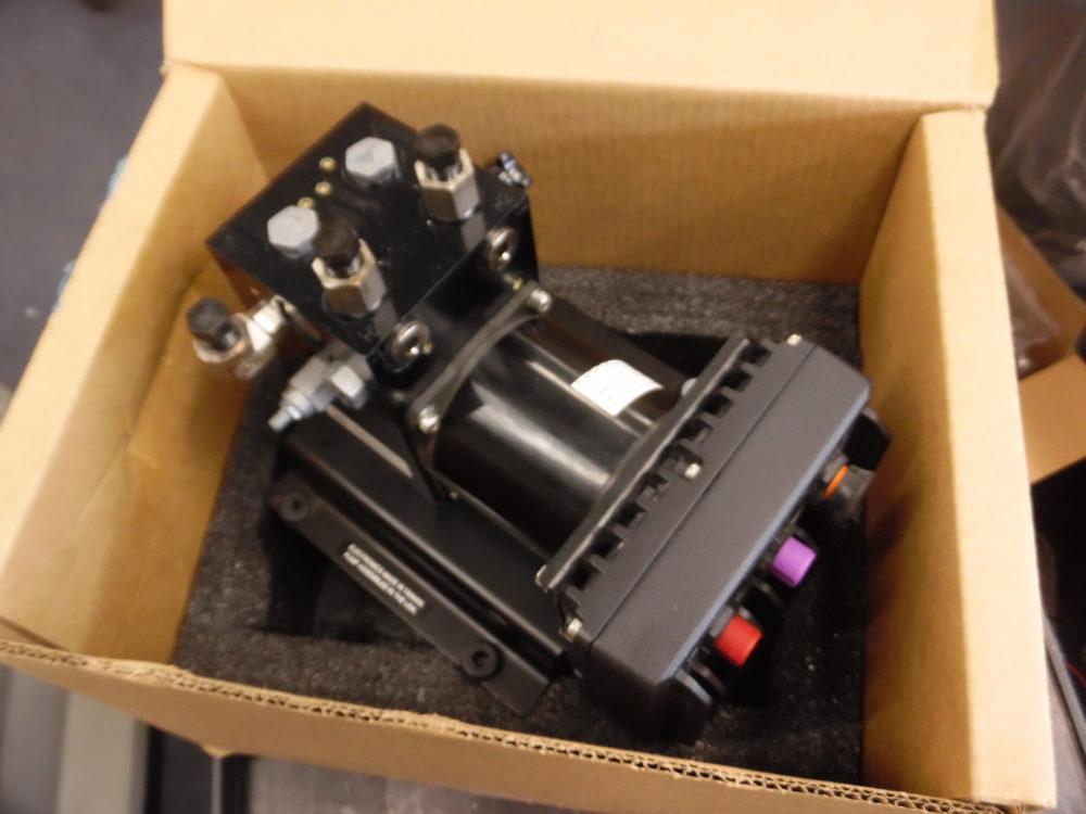 Garmin Ghp 20 Reactor 40 Hydraulic Autopilot Corepack W