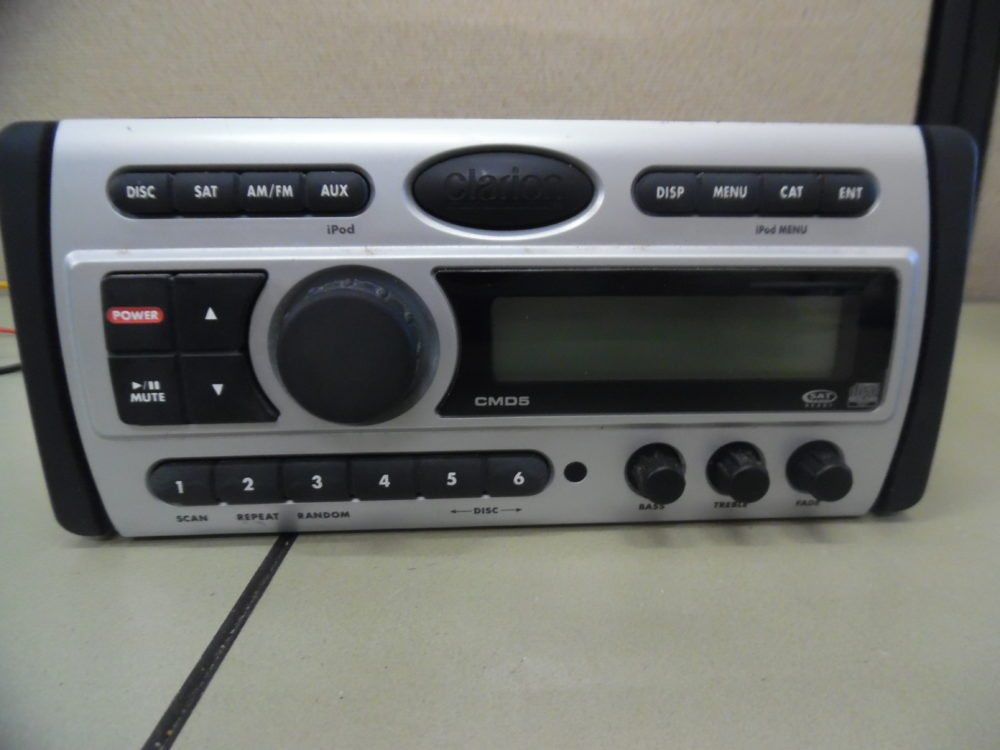 Clarion Cmd5 Marine Stereo Head Unit W Wire Harness Fully Tested Rh Maxmarineelectronics Boat Radio Wiring 2004 Avalanche