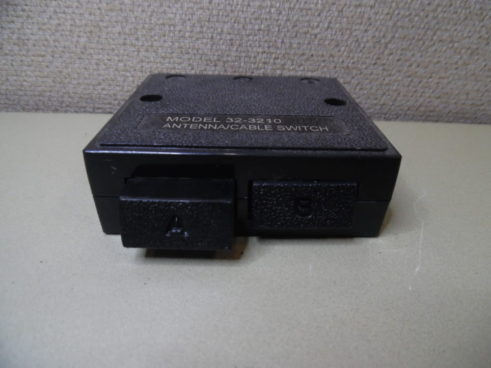 Antenna / Cable Switch Model 32-3210 Television TV Coaxial Switch Box
