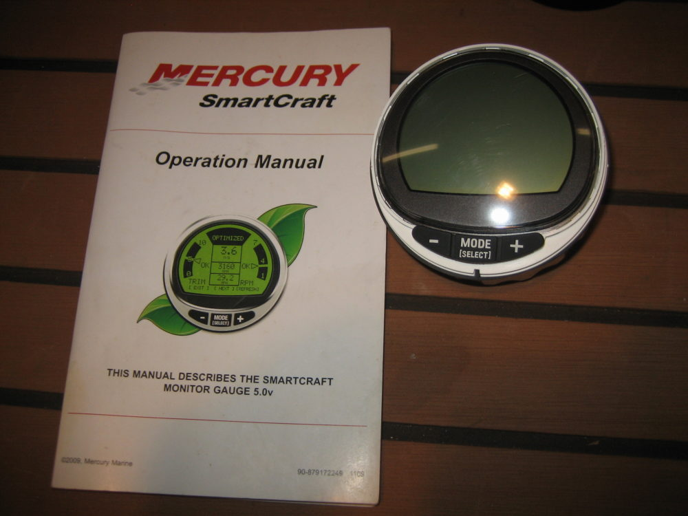Mercury VDO SmartCraft MercMonitor Gauge - 8M0048261 v5 01