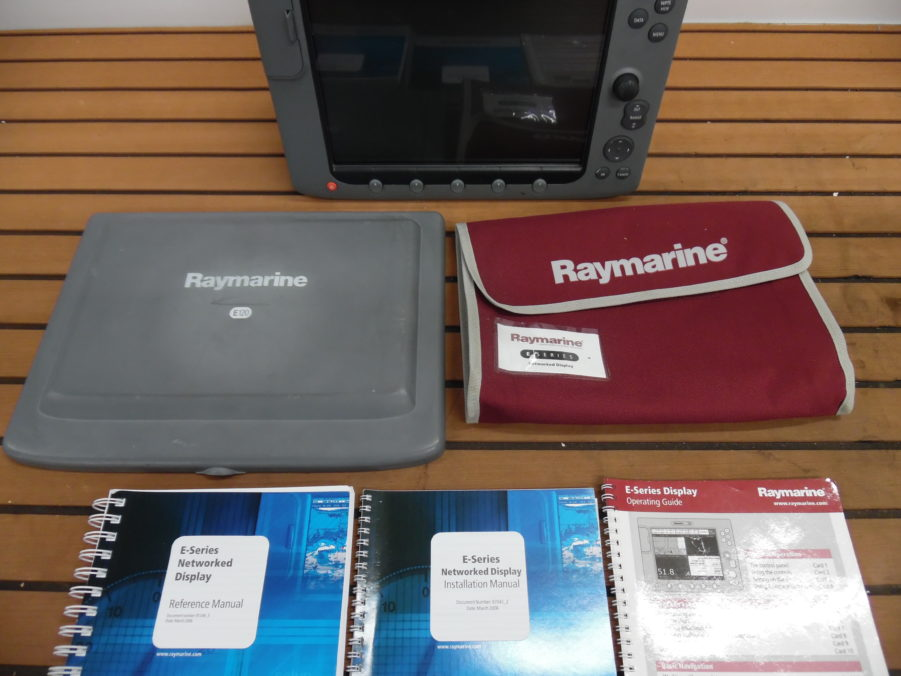 Raymarine E120 Classic MFD Display w/ Suncover+Manuals
